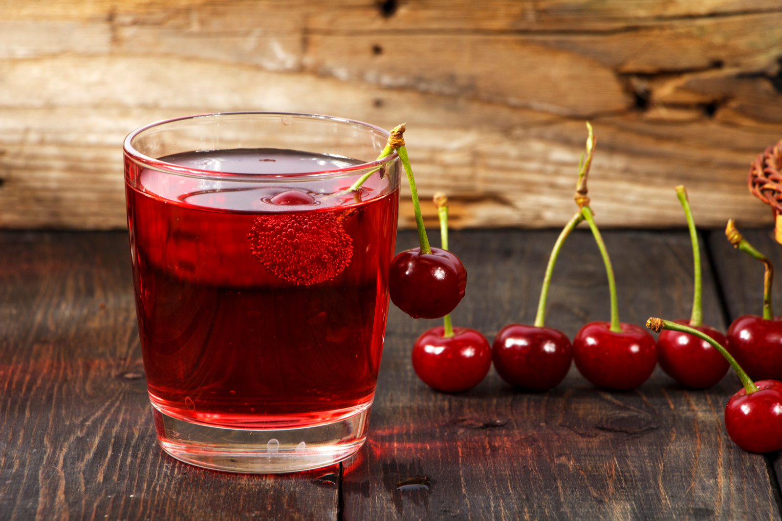 Tart Cherry Kiwi Apple Drink | 3-Day Juice Cleanse Recipes: A Meal-by-Meal Guide