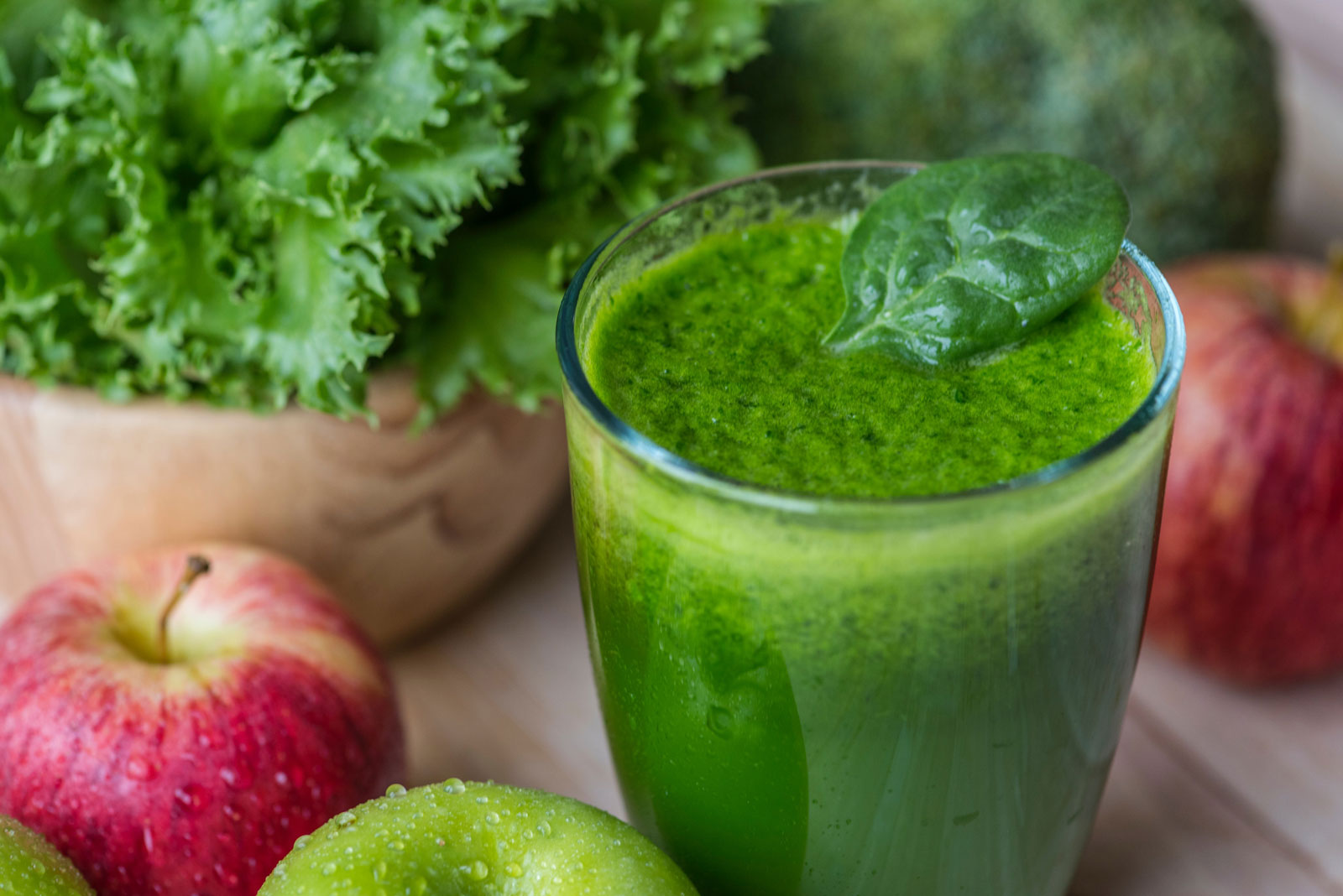 Spinach | The Best Fruits and Vegetables for Juicing With 3 Ingredients
