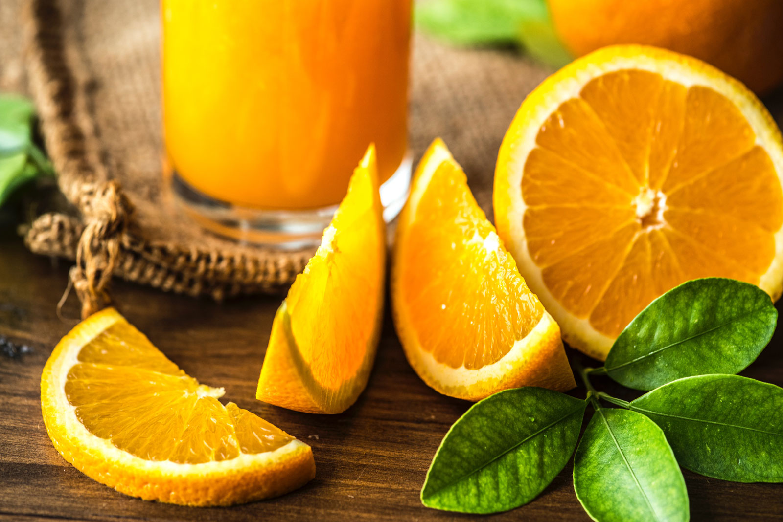 Oranges | The Best Fruits and Vegetables for Juicing With 3 Ingredients